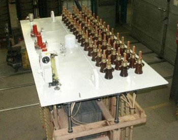 A three-54phase transformer active part : 18 three-phase secondaries output